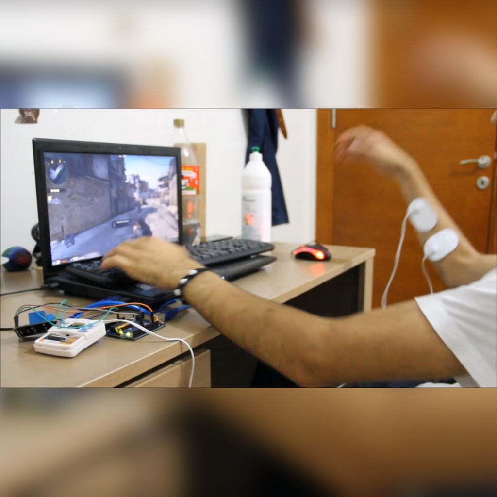 Arduino & CS:GO = Augmented Reality With Tens Device