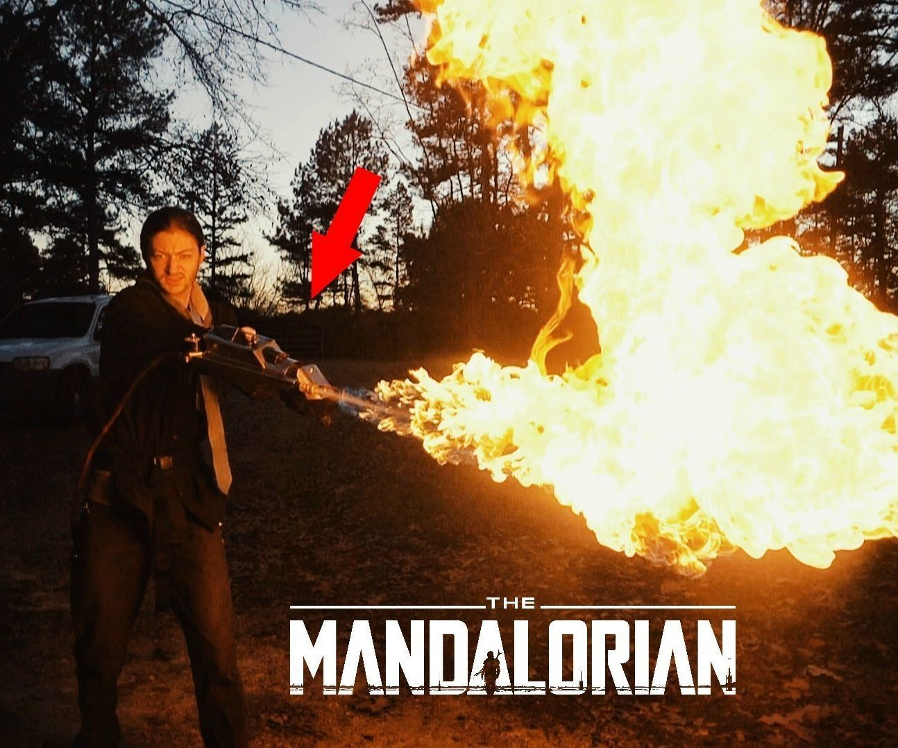 The Mandalorian FLAMETHROWER Gauntlet