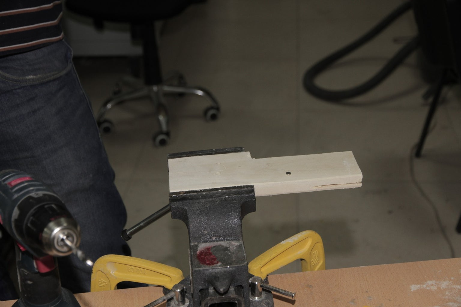 Cut the Small Peace of Wood