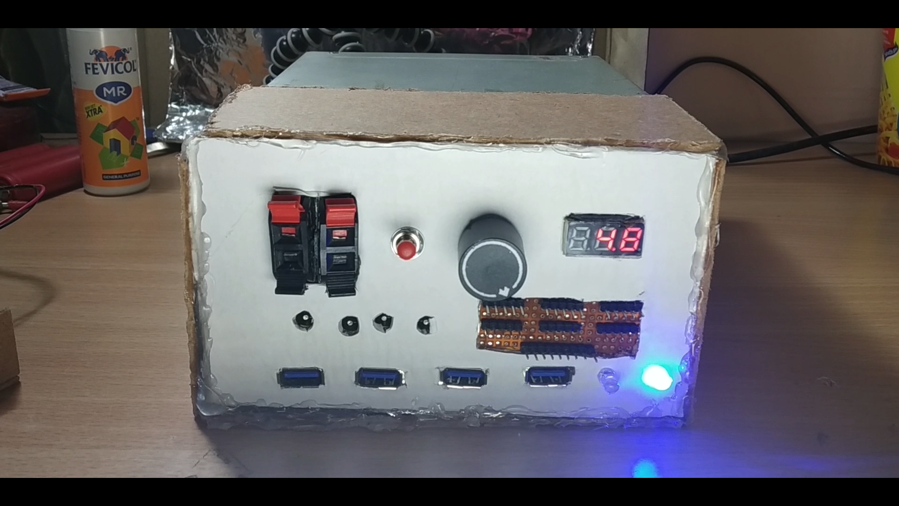 Modular Bench Power Supply Using Old Computer Parts (Variable Outputs)