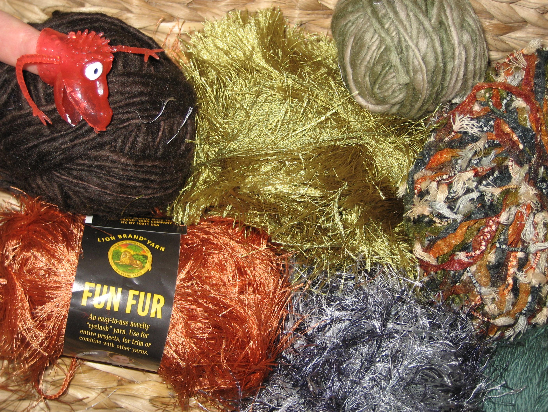 How to make a yarn pompom