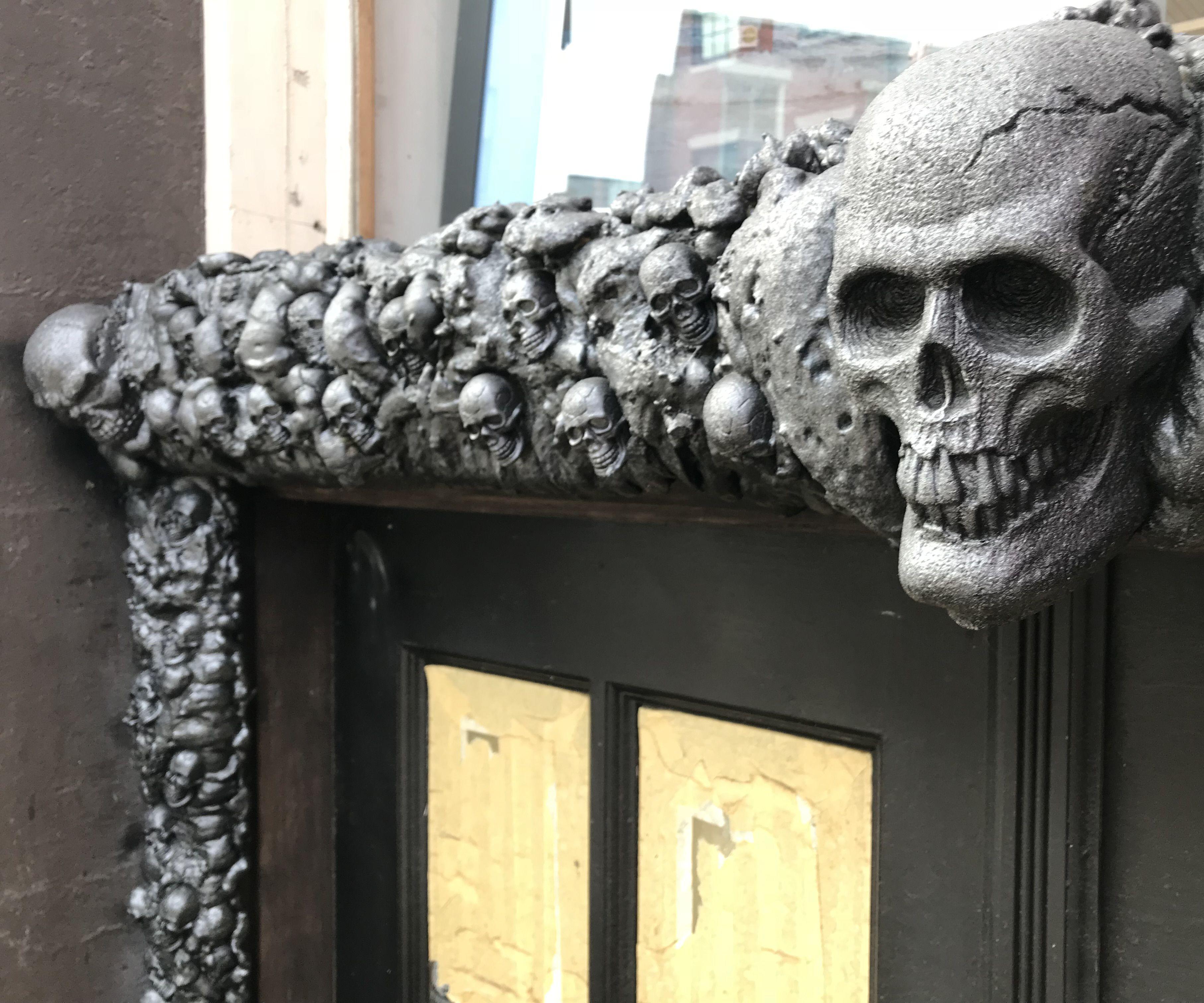 Skull Door Frame Entrance Decoration