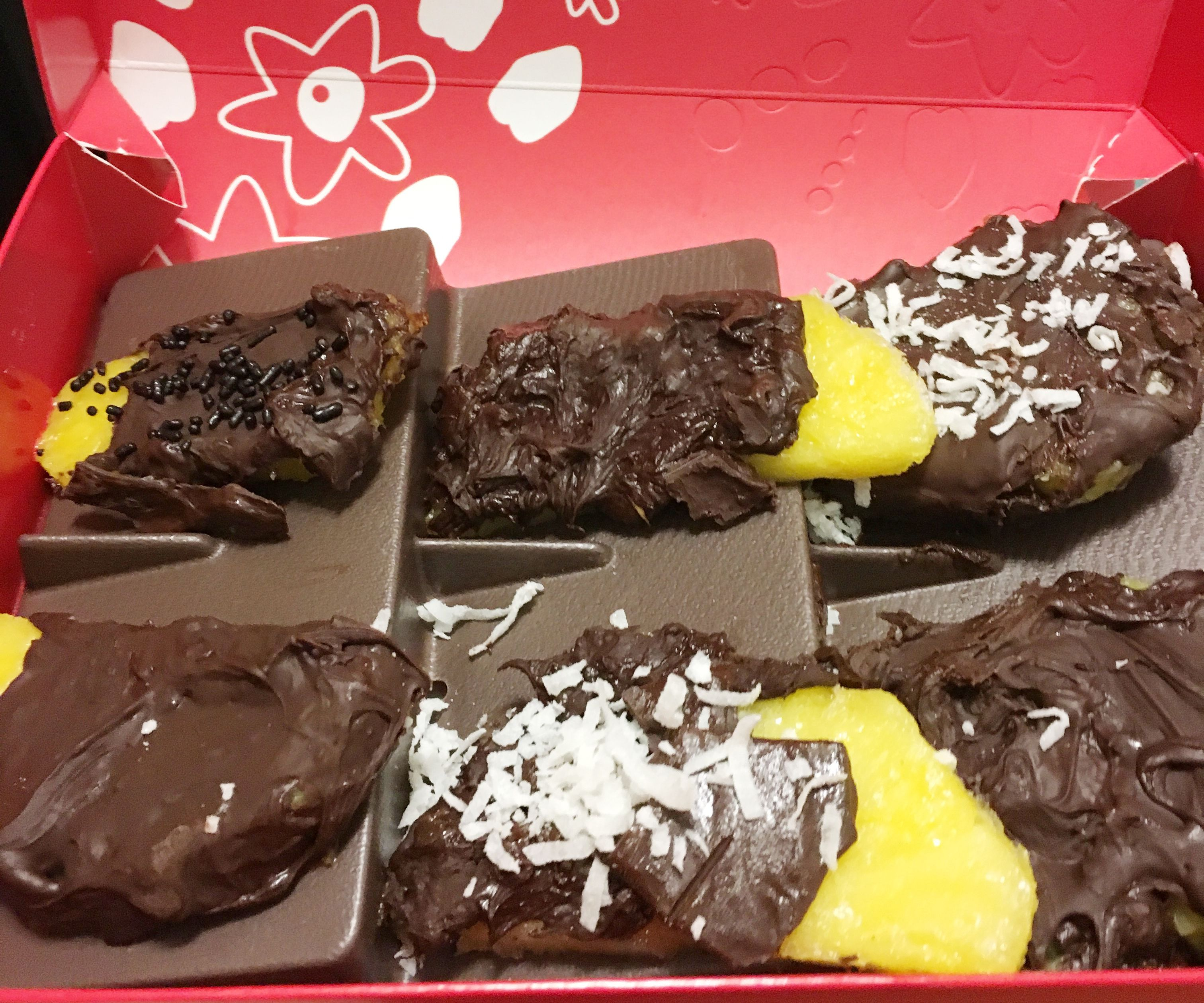 Copycat Chocolate Covered Pineapple 6 Steps With Pictures Instructables