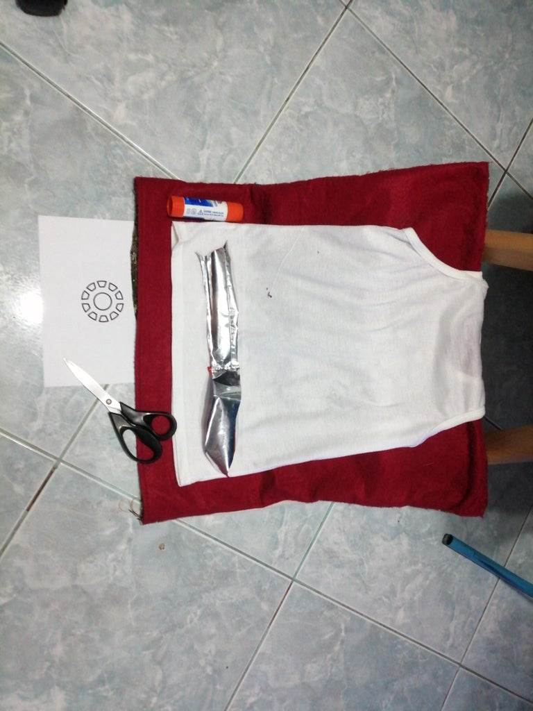 Easy Ironman Arc Reactor Prop Out of Shirt and Aluminum Foil
