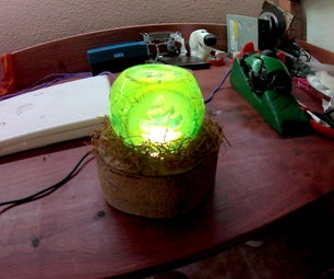 Upcycled GREEN Nature Lamp