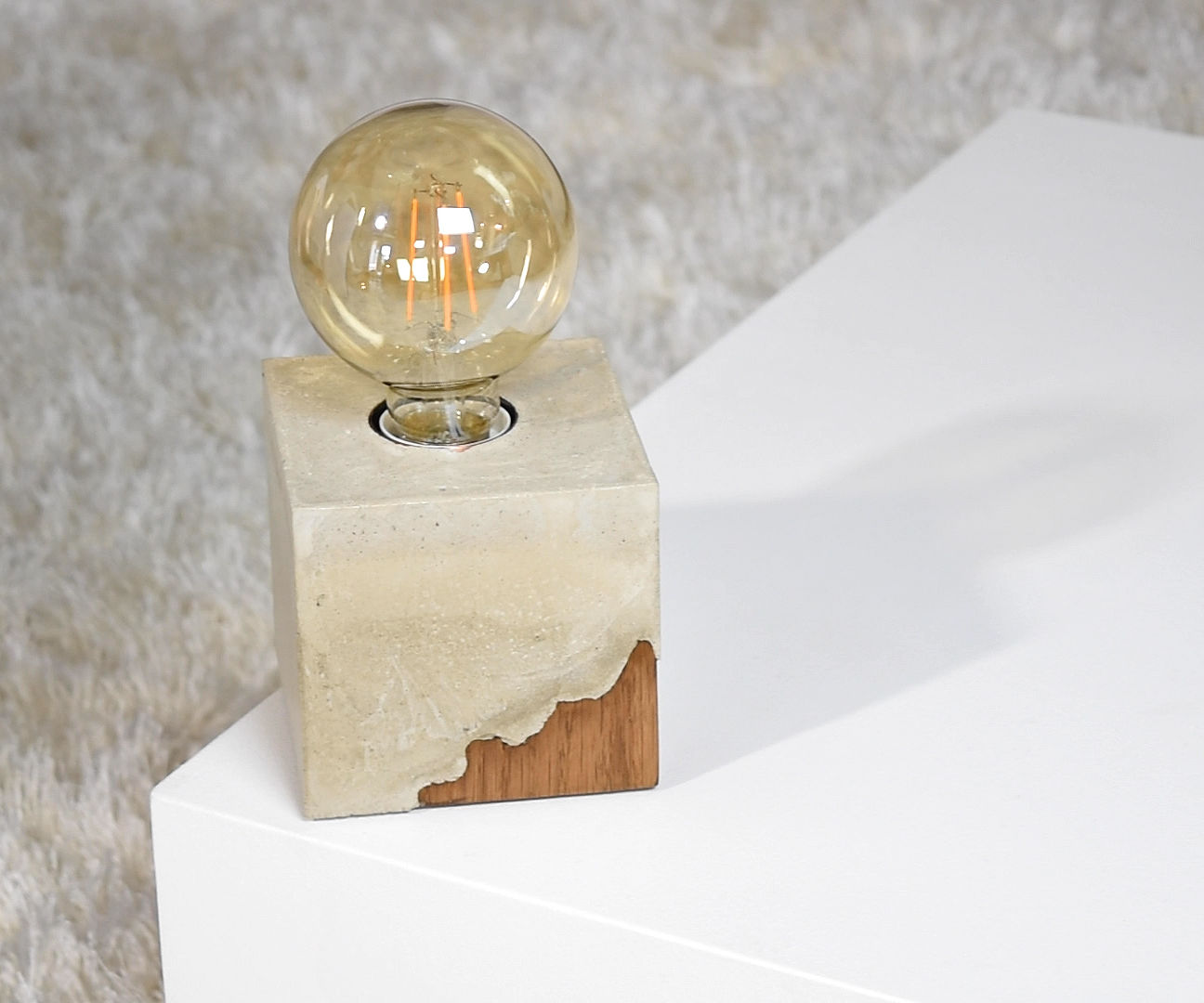 DIY Concrete DESK Lamp