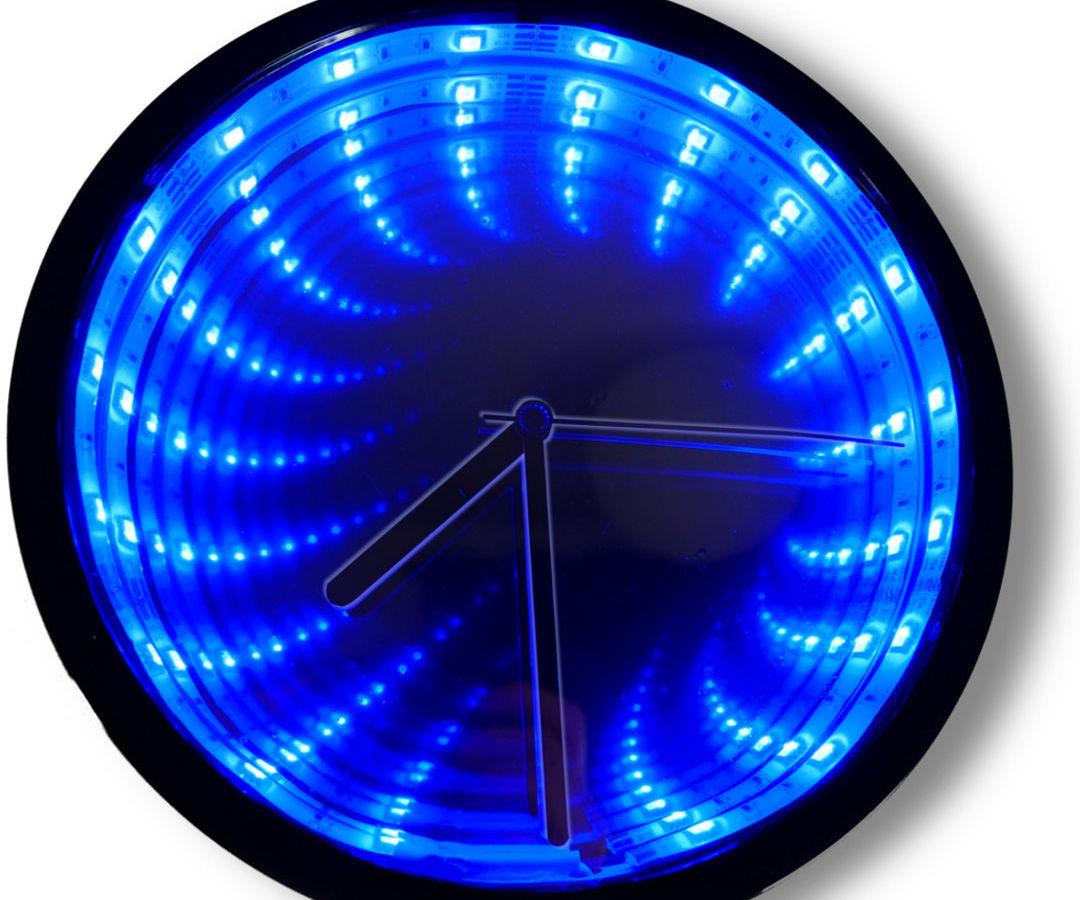 Infinity Illusion Mirror Clock
