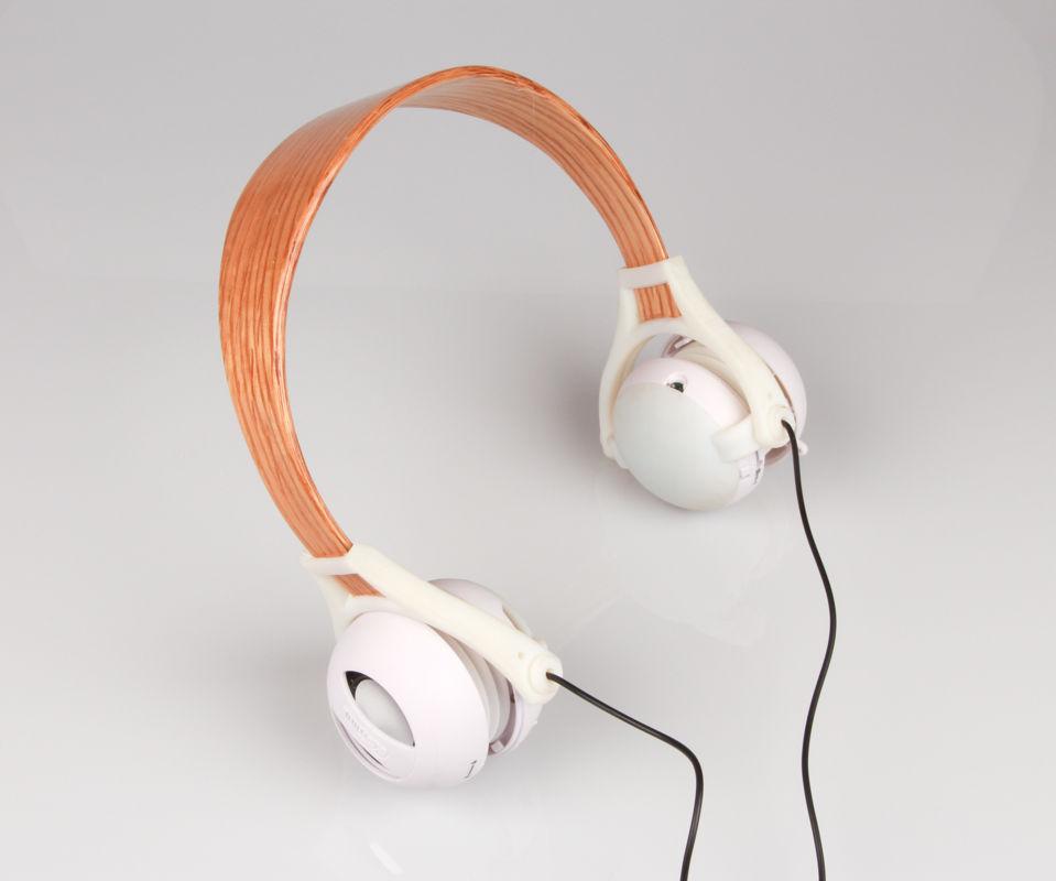 Outie Headphones: Parametric Bent Wood Lamination