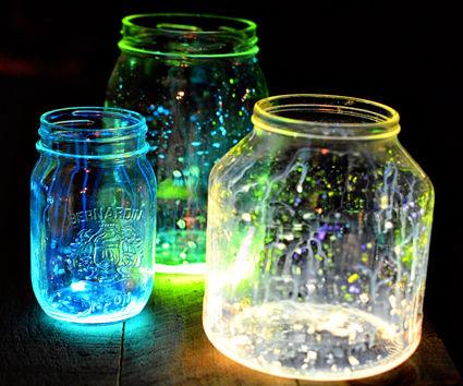 How to make Glowing Jars