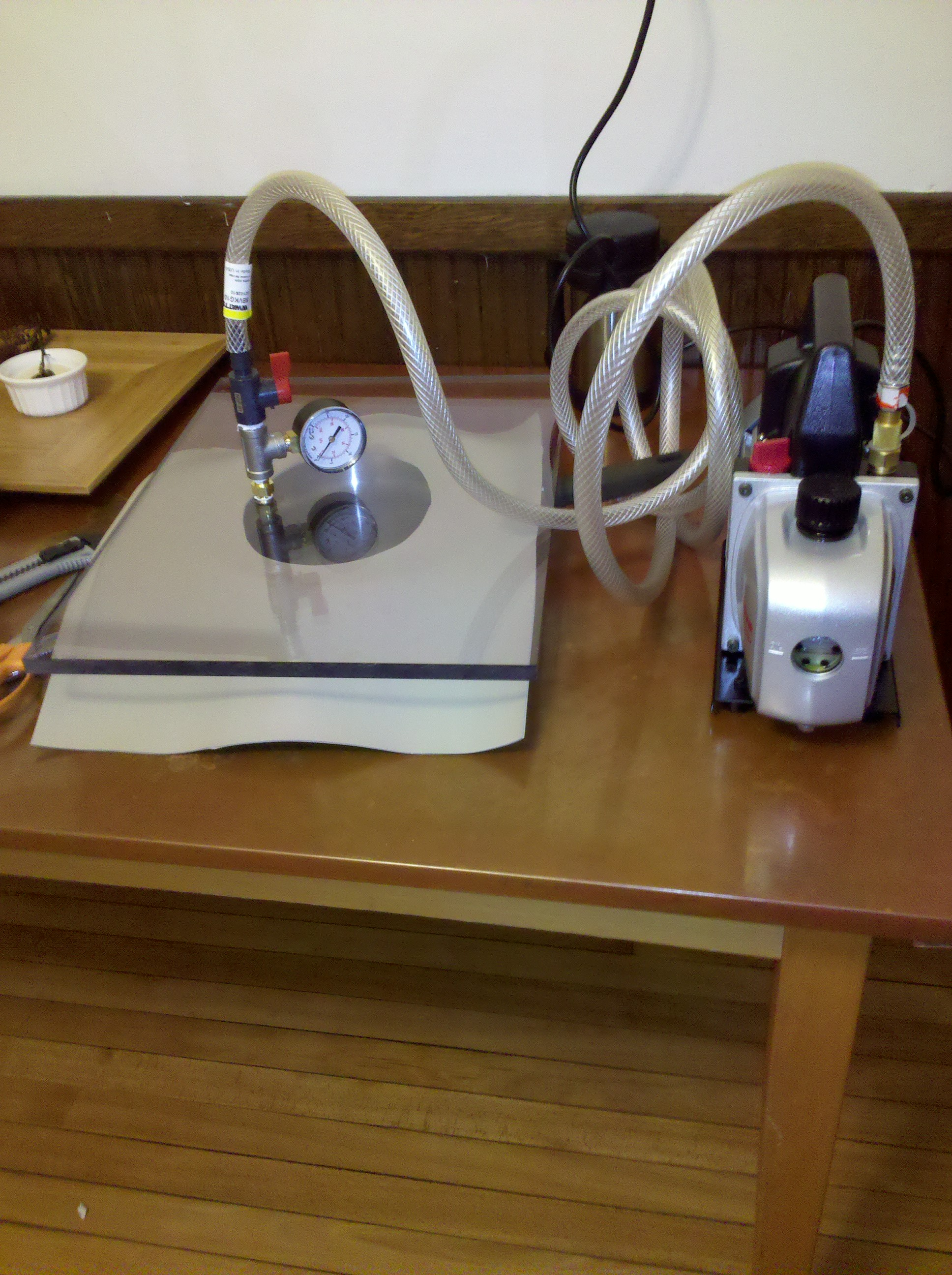 DIY vacuum chamber for sous vide and the kitchen