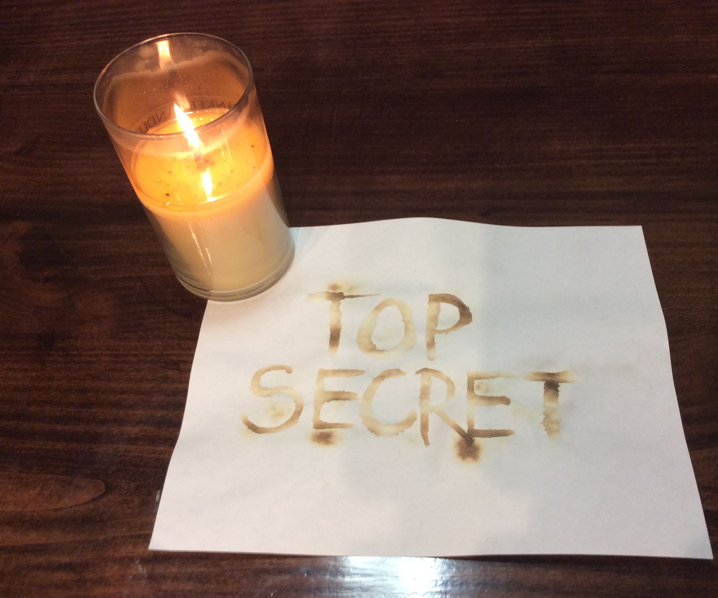 How to Make a Secret Message With Baking Soda