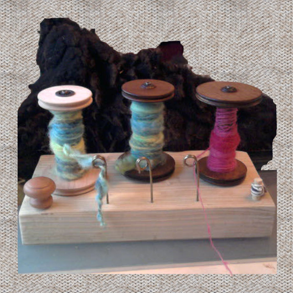 Tensioned Lazy Kate with Yarn Guides