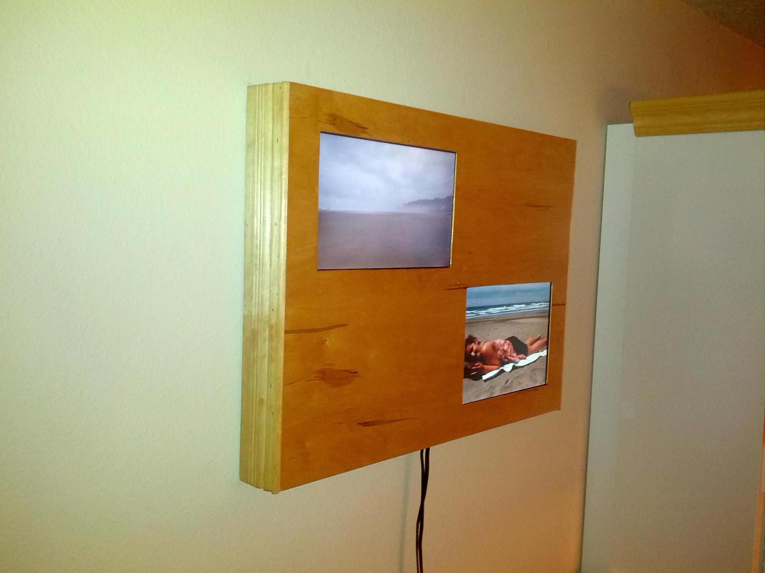dual digital frame/wall mount pc