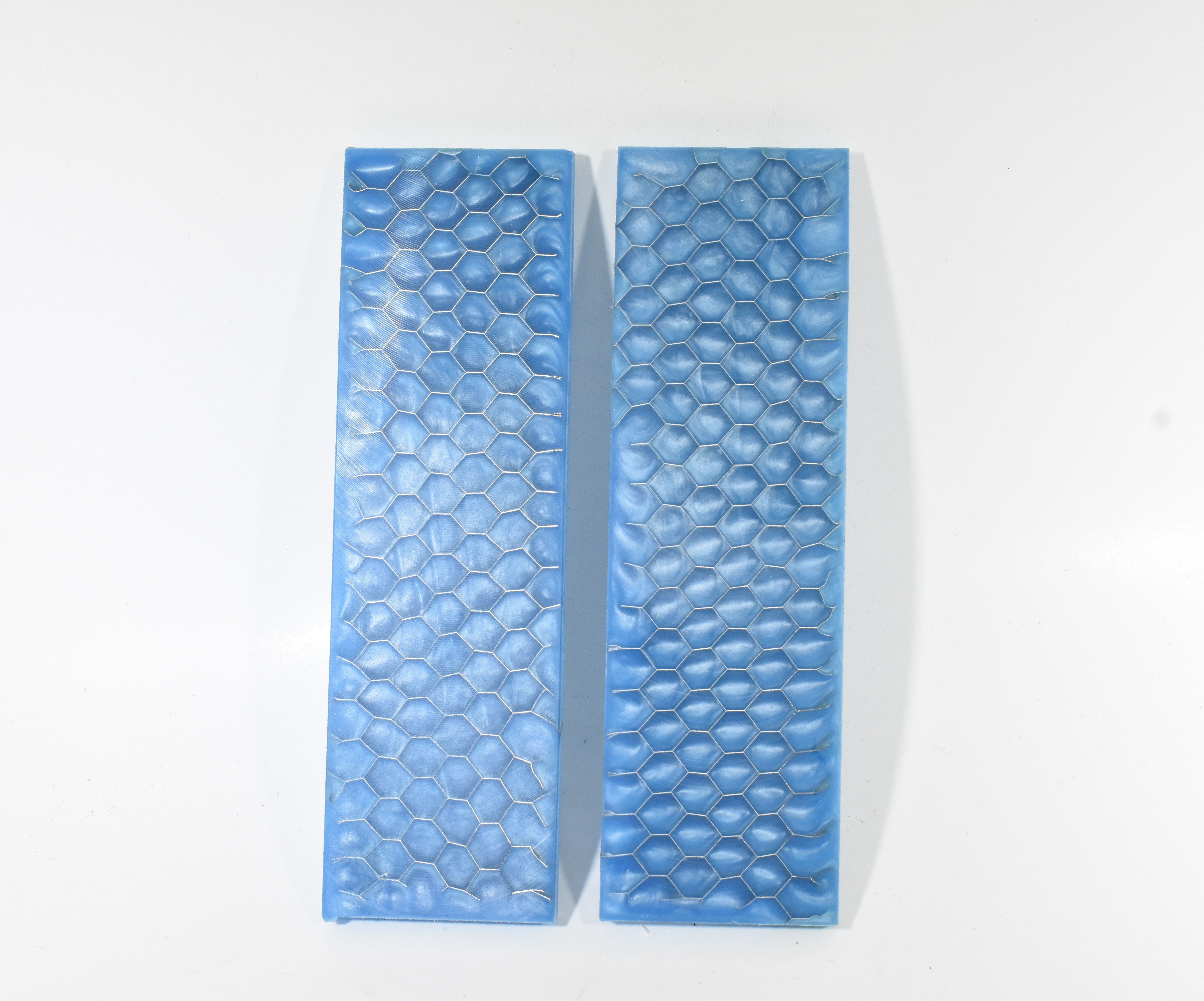 Making Cast Resin Aluminium Honeycomb Knife Scales