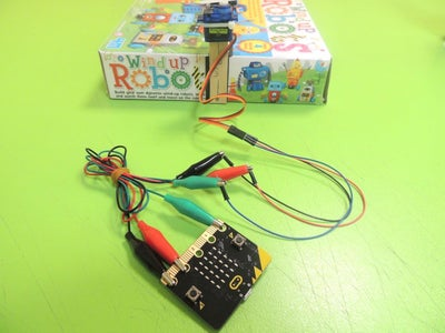 Connecting the Micro:bit