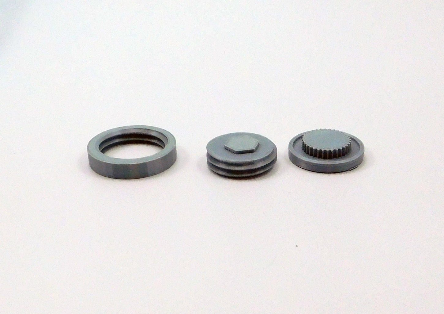 Model Assembly: Stopper and Threads