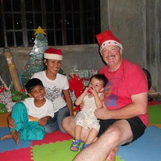family christmas 2013.jpg
