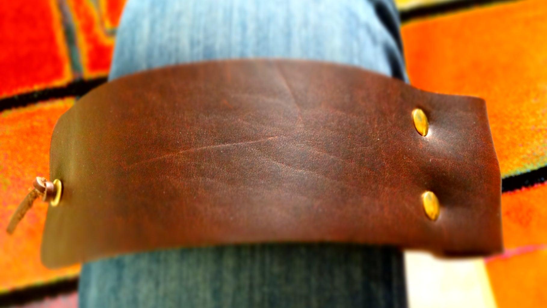 The Leather Knee Pad Cajon Set Up