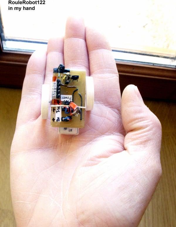 Mini 2-wheel Robot With IR Sensor Weight 14gr and ATTiny13 Soic