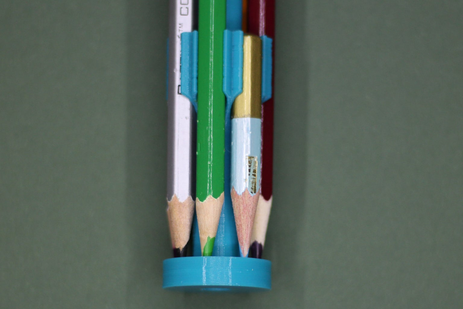 Pencils 2go Holder