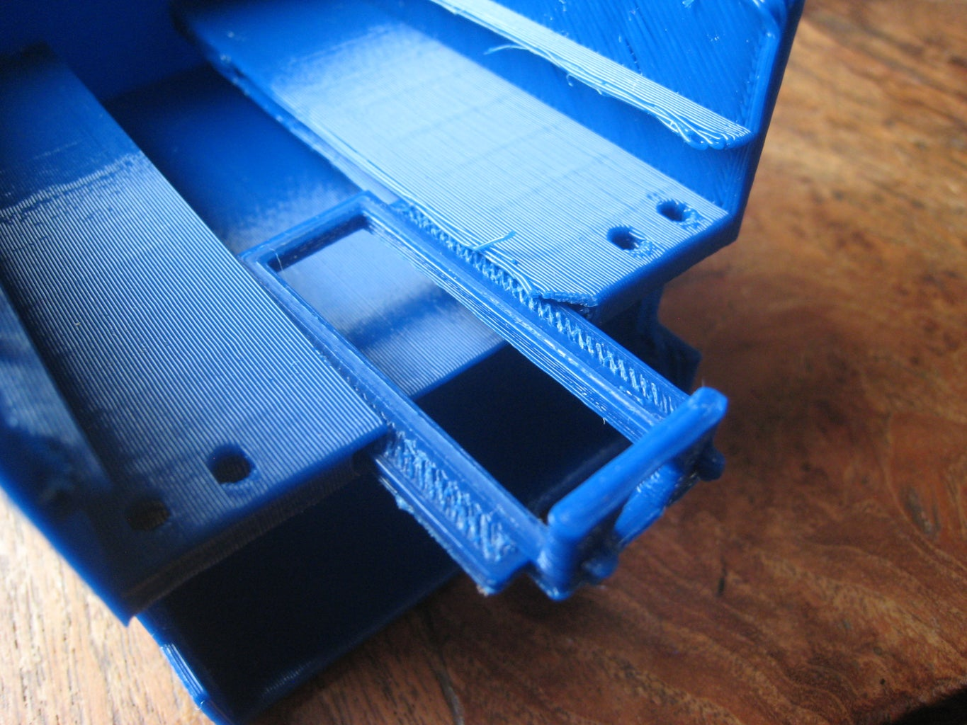 Printing and Assembly: the Chest + L2B Latch + Drawer