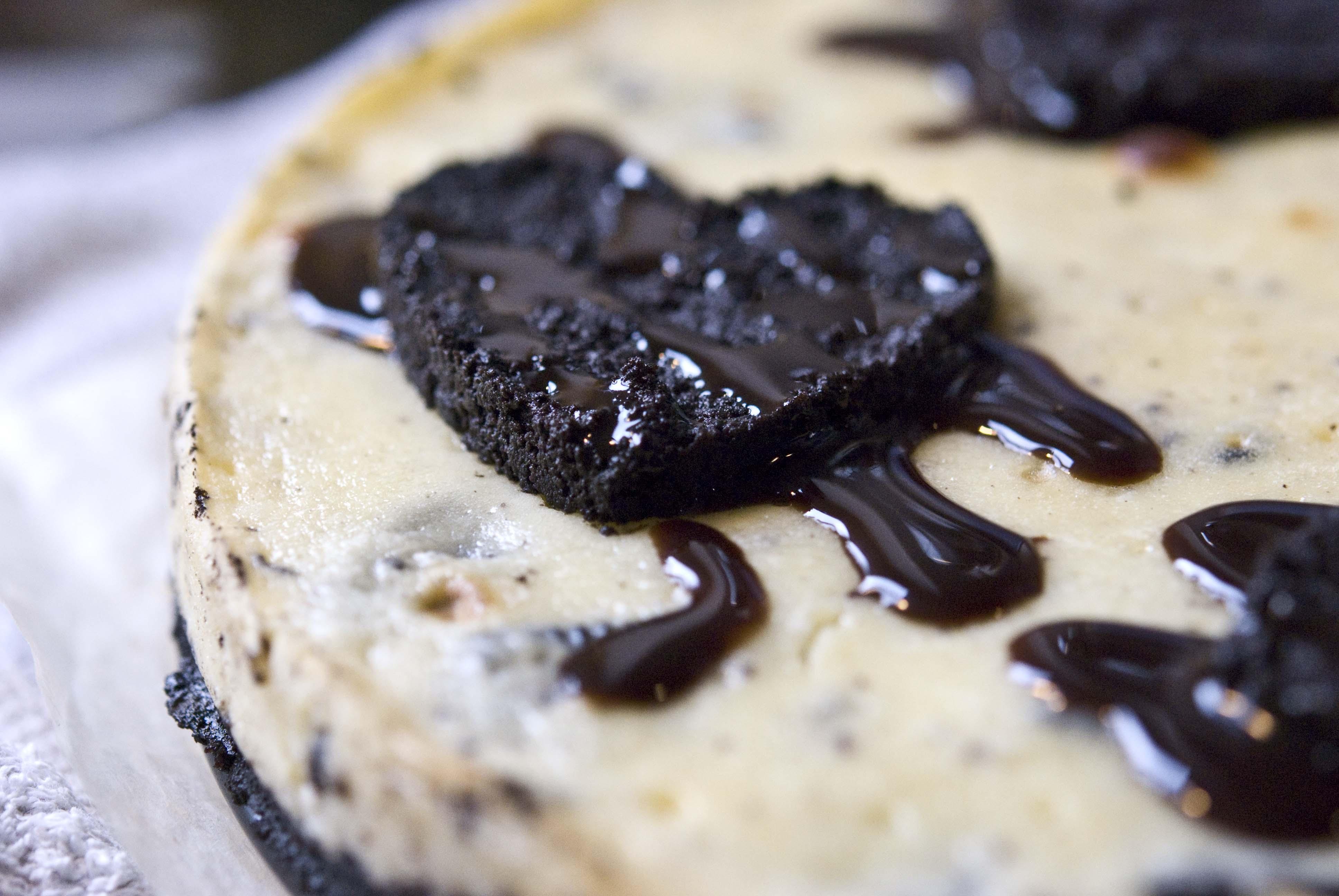 Valentine's Oreo Cheesecake