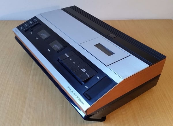 1979 Bang & Olufsen Raspberry Pi Internet Radio