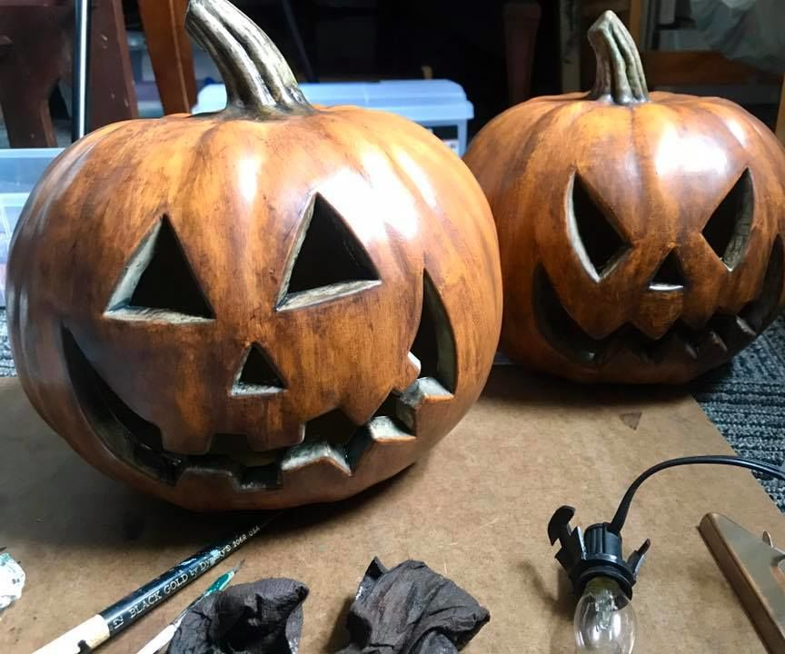 Halloween Aging Lit Plastic Pumpkin