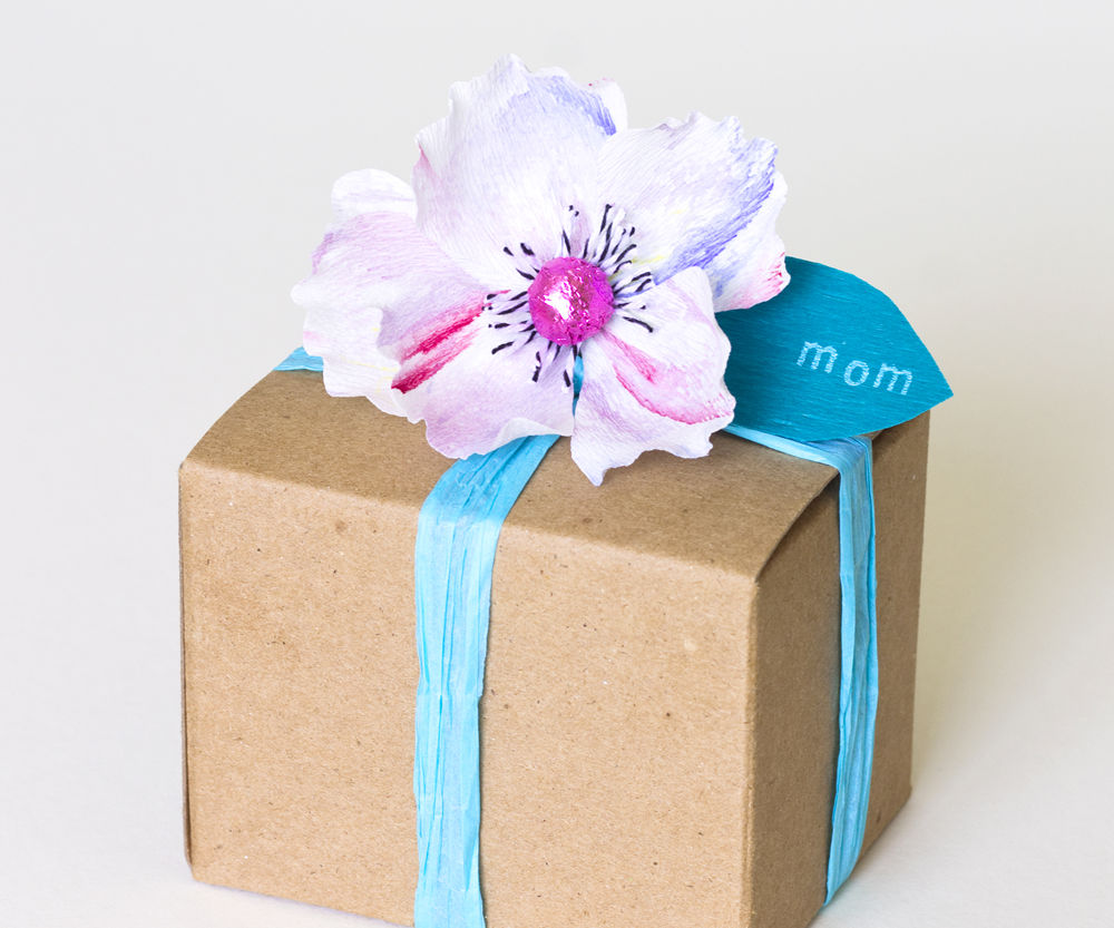 Mother's Day DIY: Stamped paper flowers