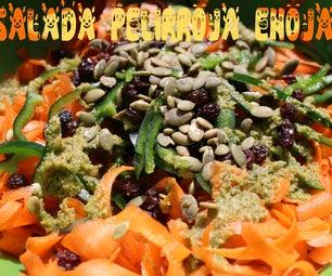 Ensalada Pelirroja Enojada - Raw Carrot Salad