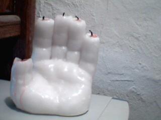Make a Halloween Hand of glory