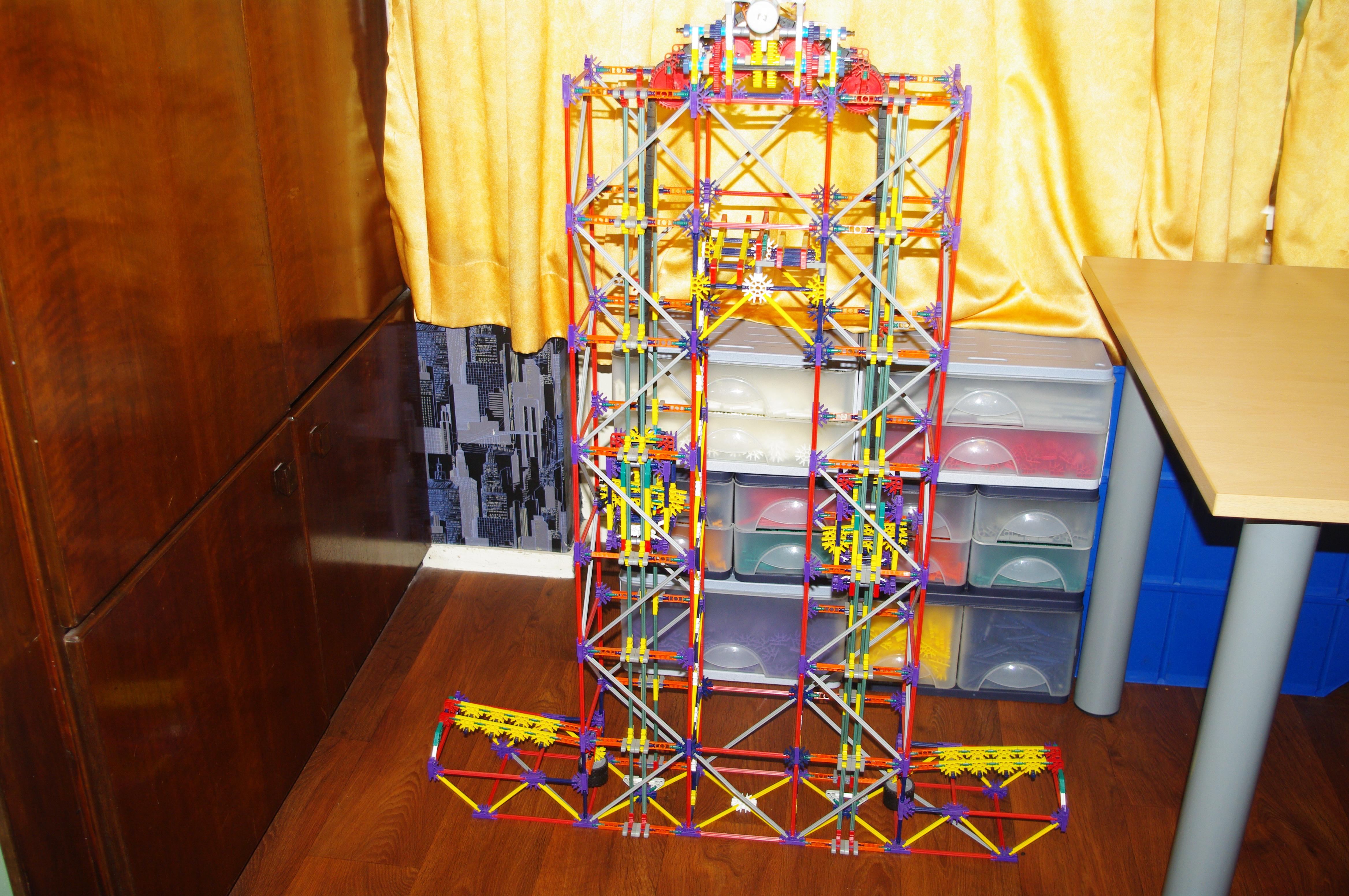 Double chain elevator lift, a K'nex ball machine lift