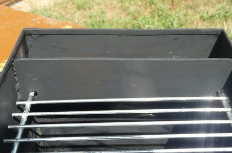 Positioning the Grilling Grate: