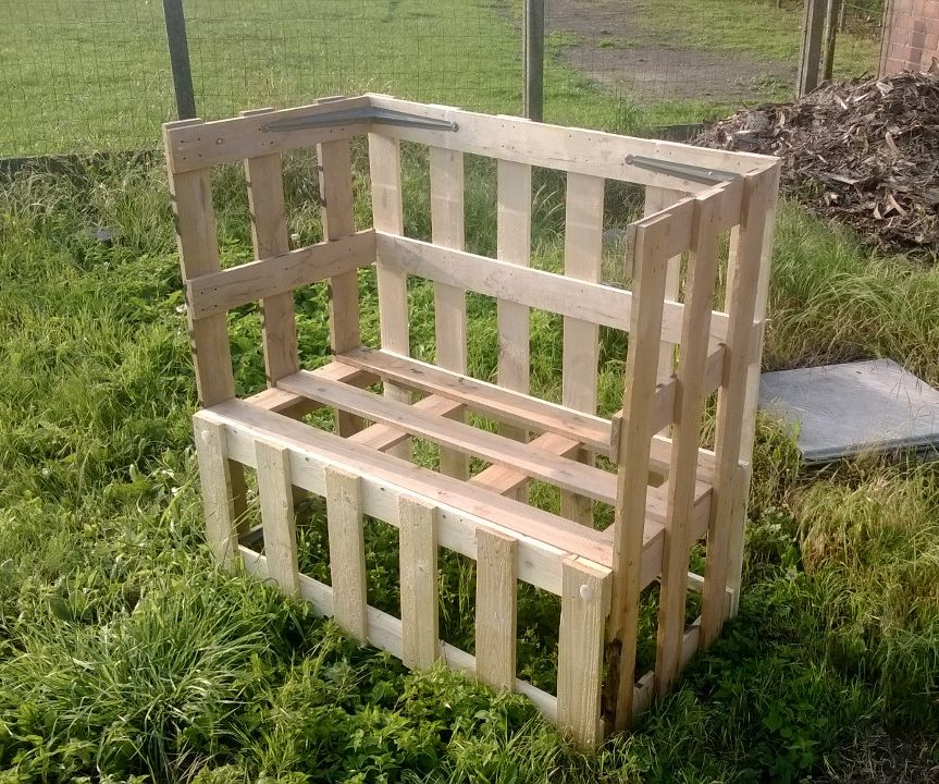 Pallet Top Benches and tables