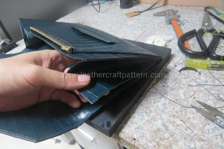 Sew 2 Pieces of Gusset on to Finish This Clutch, Here I Fold the Gusset Edge to Get a Nice Looking.