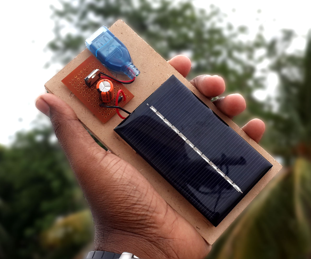 How to Make a Solar Powered USB Mobile Phone Charger -DIY