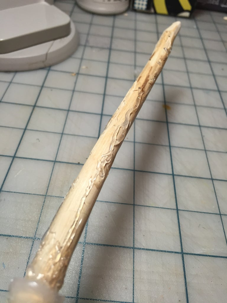 Adding Hot Glue to the Rest of Your Wand