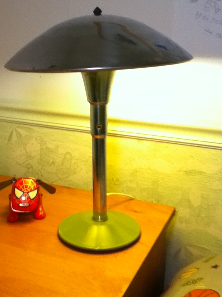 """""""Simple"""" conversion of metal lamp to use touch switch"""