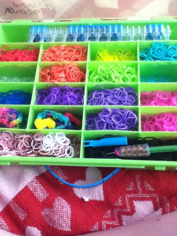 Organizing Your Loom Bands