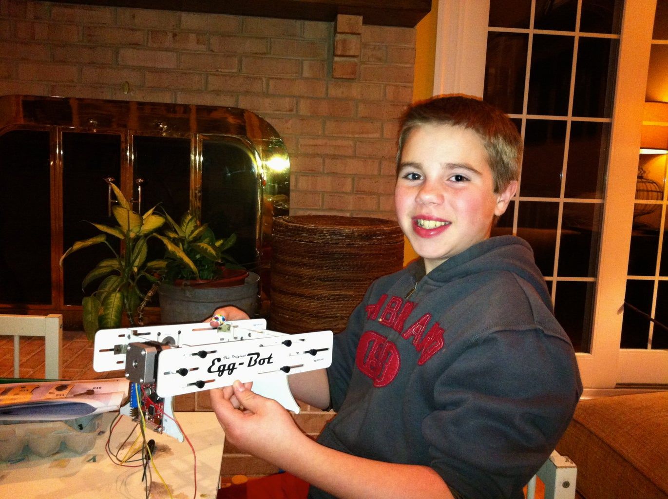 Build an EggBot From an Evil Mad Science Laboratories Kit