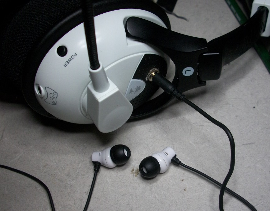 Headphone jack for your Turtle Beach Wireless headsets