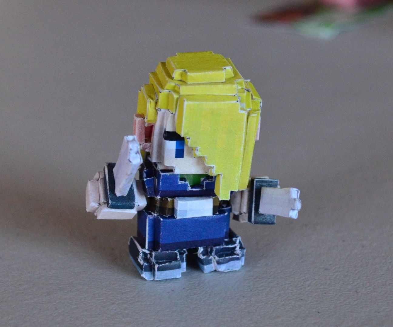 Paper Craft- Voxellated Cube World 'Rogue'