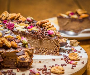 Raw Chocolate Peanut Butter Ice Cream Cake
