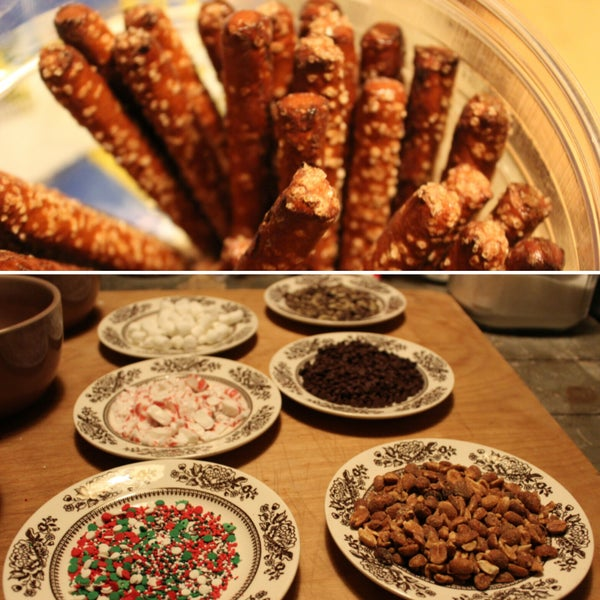 How to Make Chocolate Covered Pretzels
