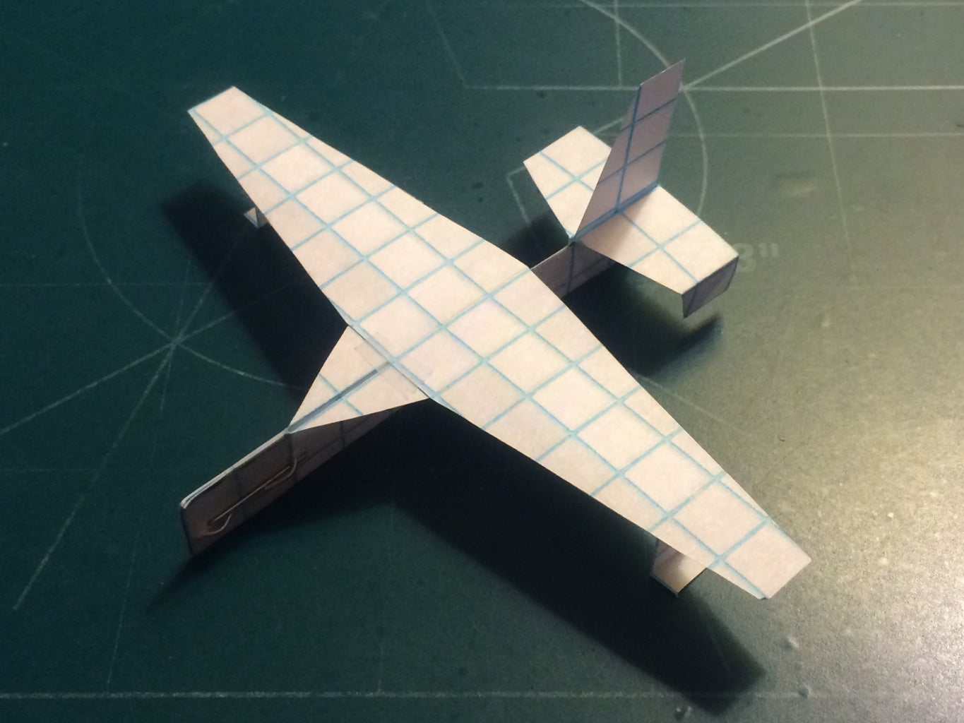 How to Make the StratoTomahawk Paper Airplane