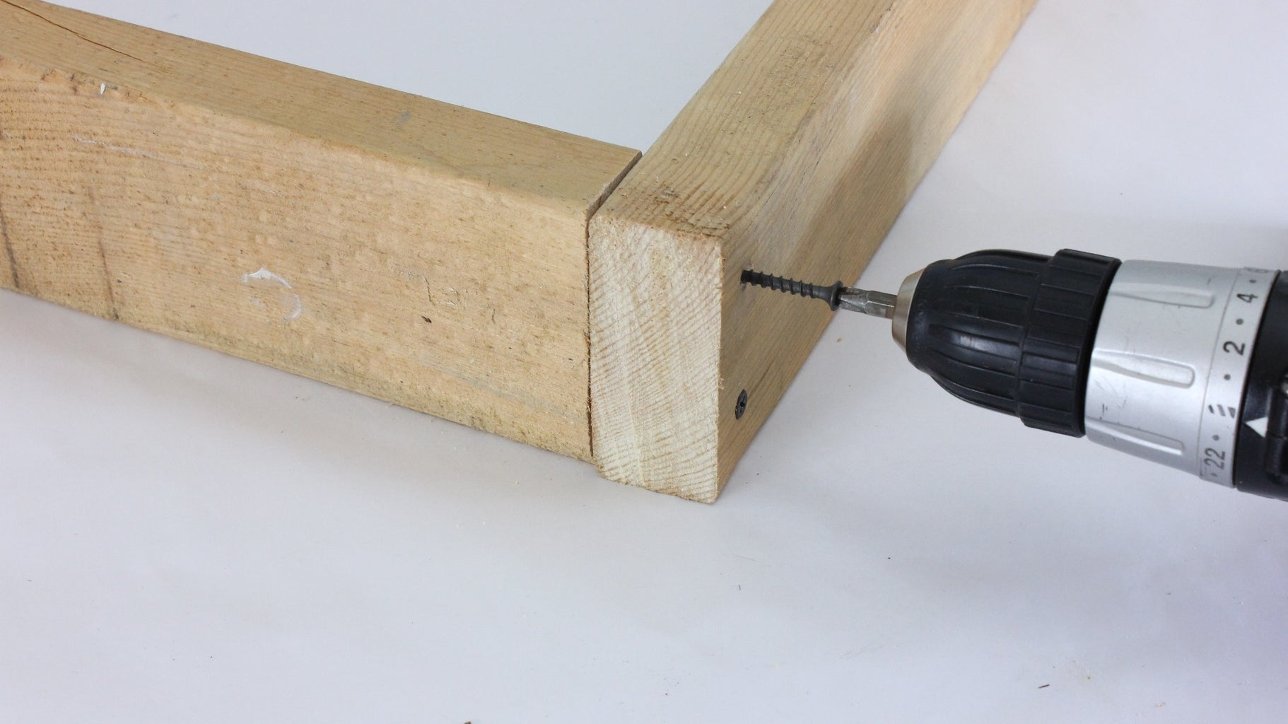 Screw the 2 X 4's Together