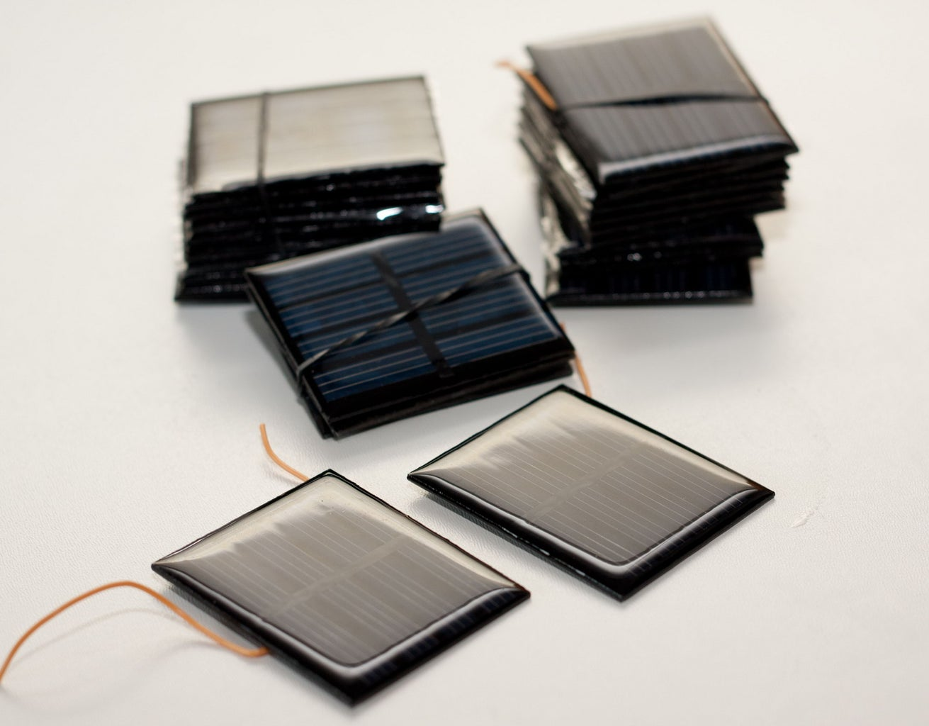 Solar Cells and Battery