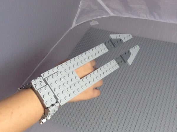 How to Make Lego Predator Wristblades You Can Wear!