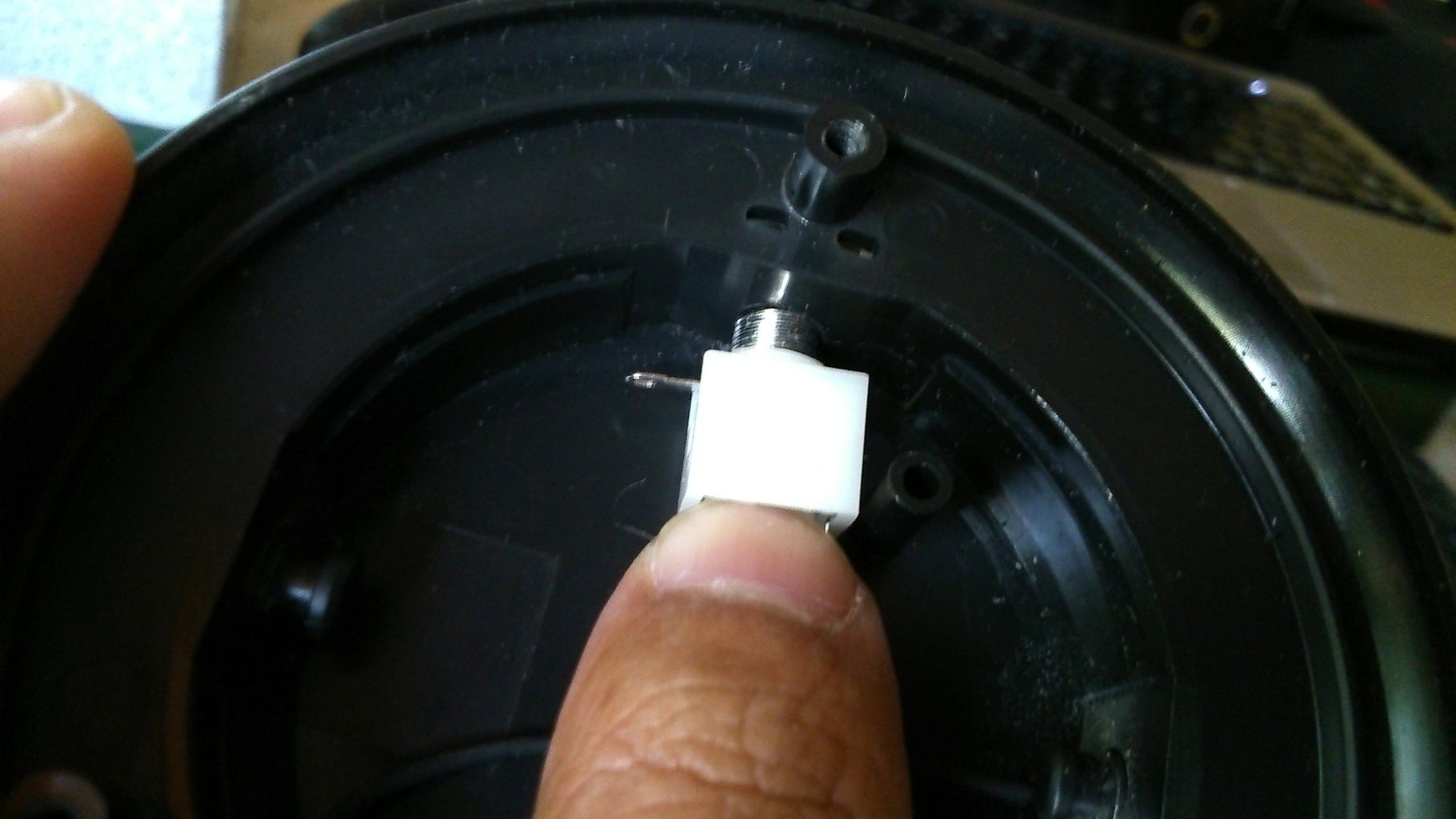 Installing the 3.5mm Stereo Jack