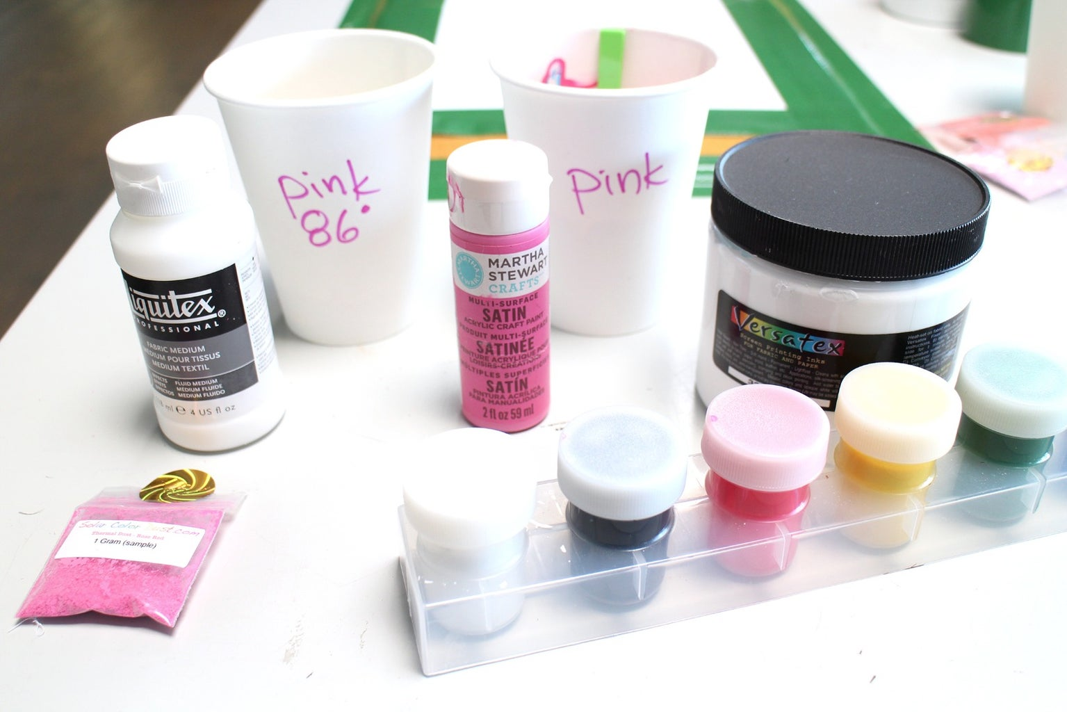 Mix and Distribute Paint